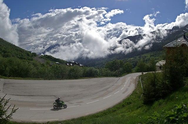 jaki motocykl turystyczny