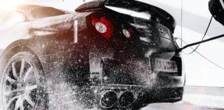 mycie samochodu myjką ciśnieniową